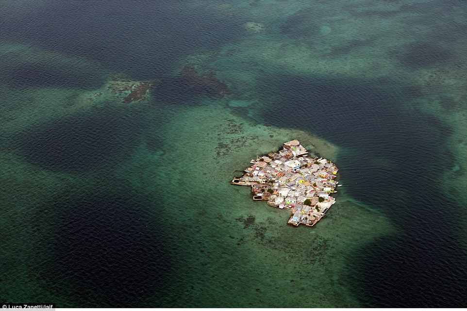 811. Isla mas poblada 2