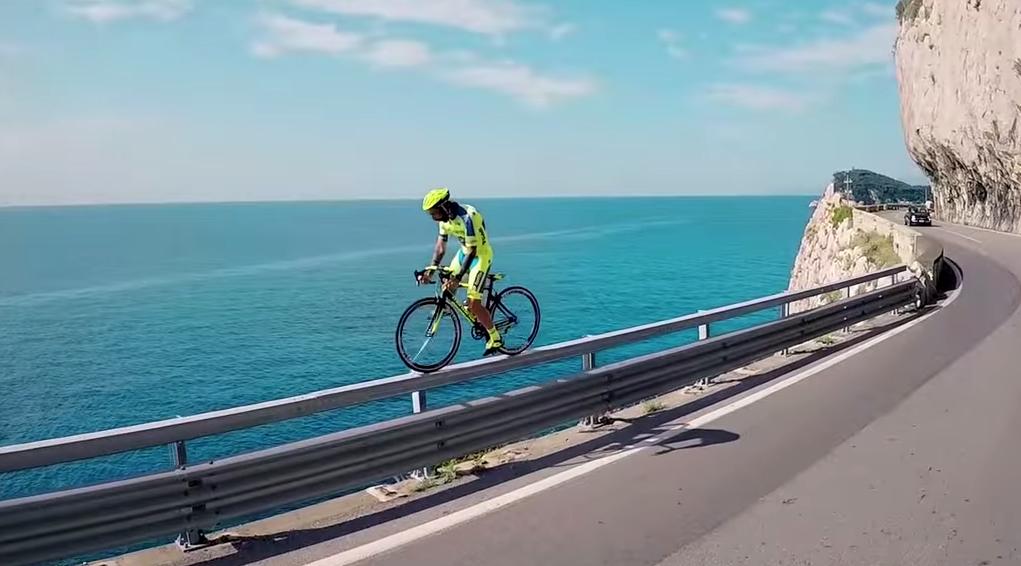 ciclista-barandilla