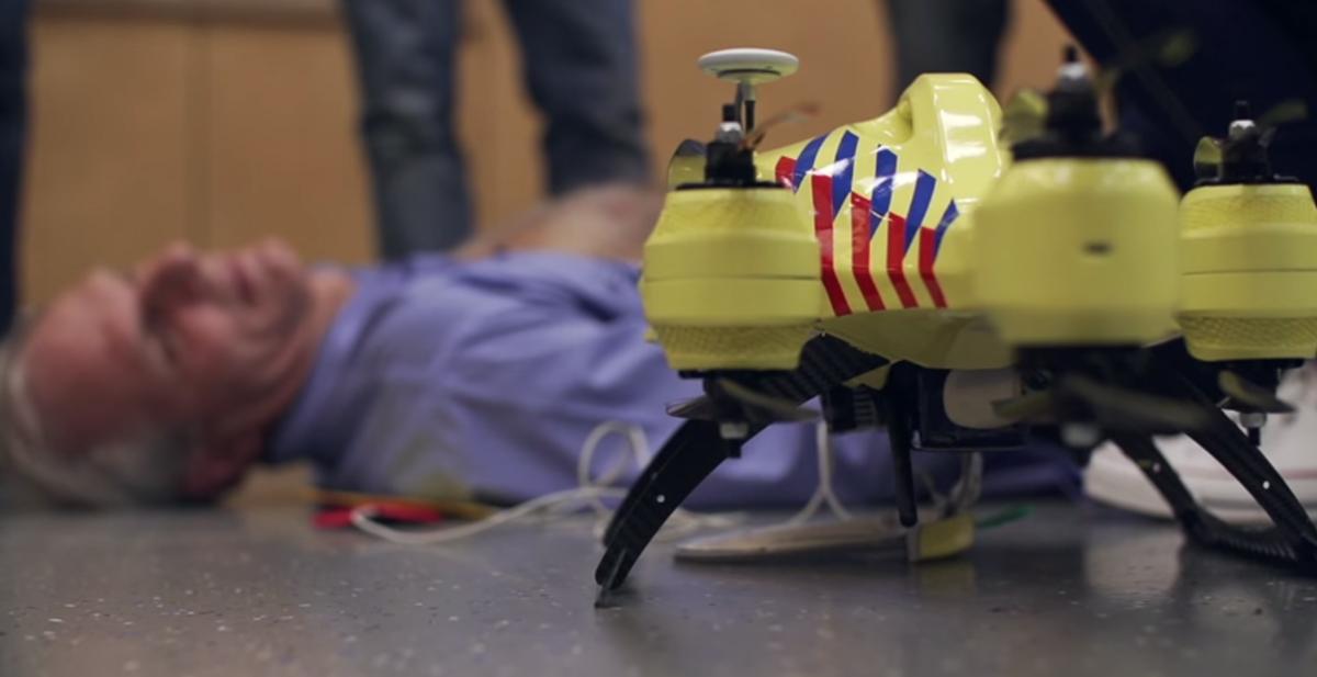 destacada dron ambulancia