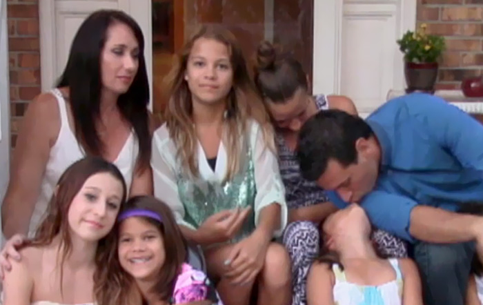 madre adopta 6