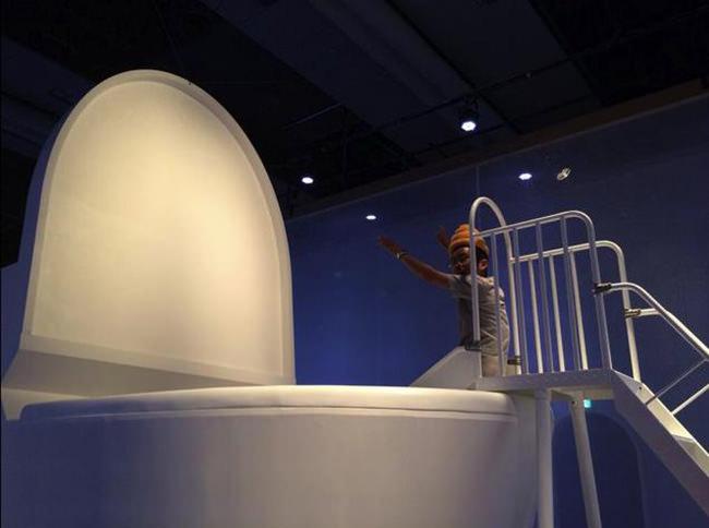 niños saltan a wc japones 3