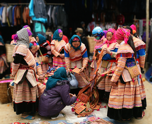 Mercado-Bac-Ha-Sapa-Vietnam