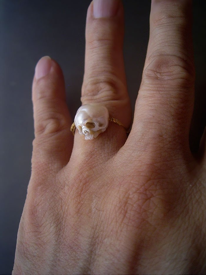 calavera de perla 3