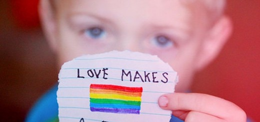 homosexualidad-niño-arcoiris-comp-520x245