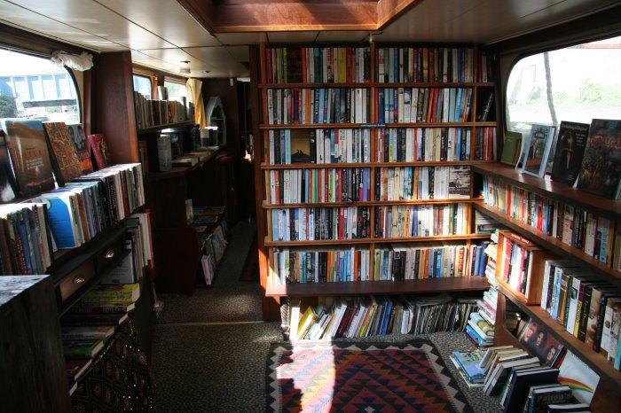 las bibliotecas mas bonitas y magicas del mundo 30