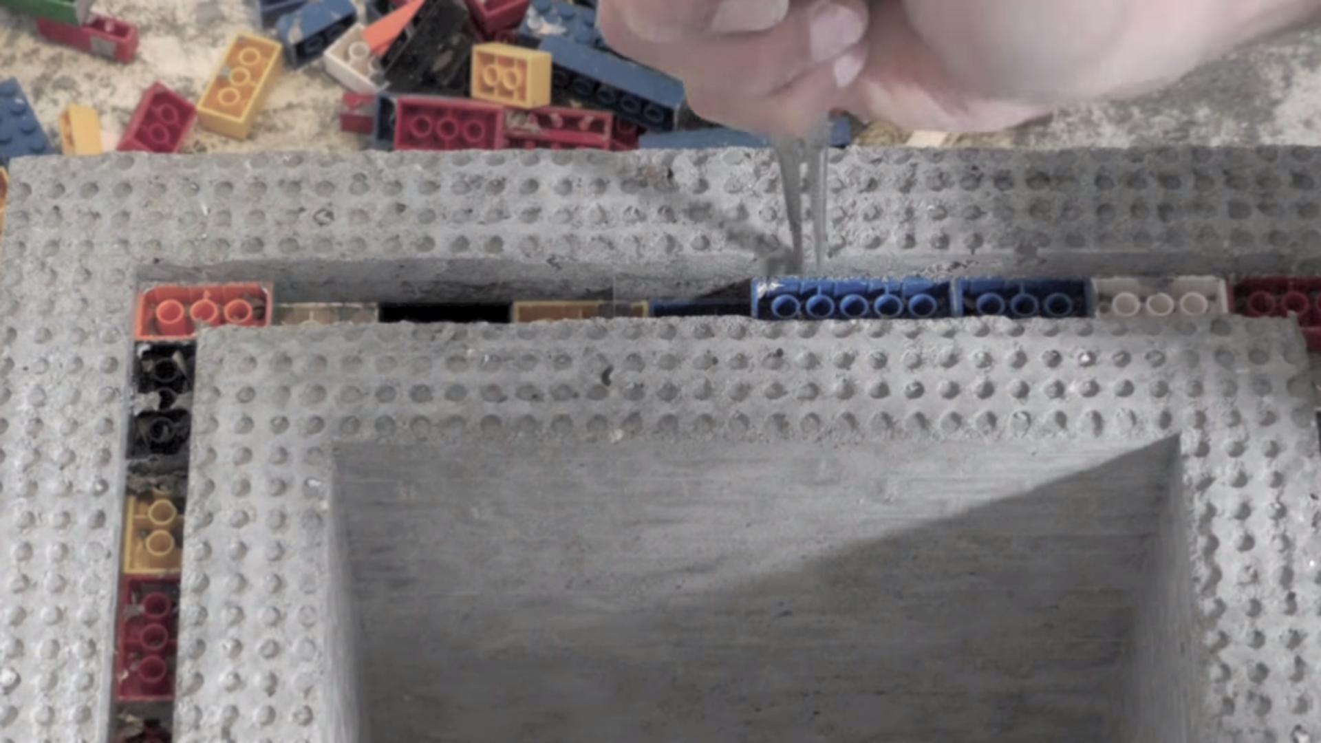 mesa lego y cemento 11
