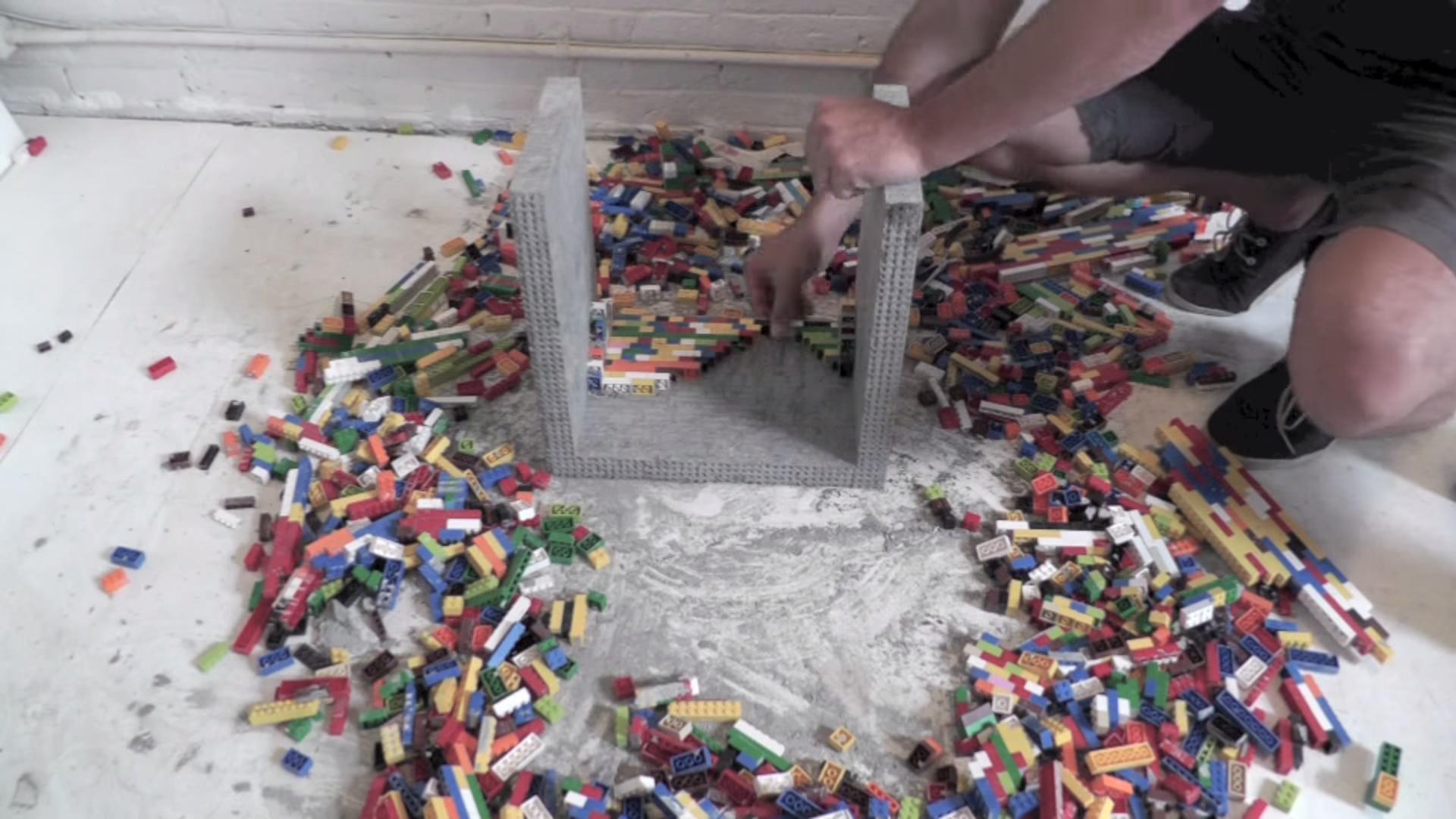 mesa lego y cemento 14