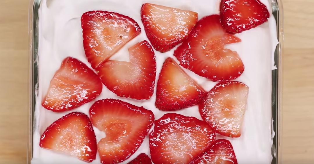 tarta de fresa 4 ingredientes12