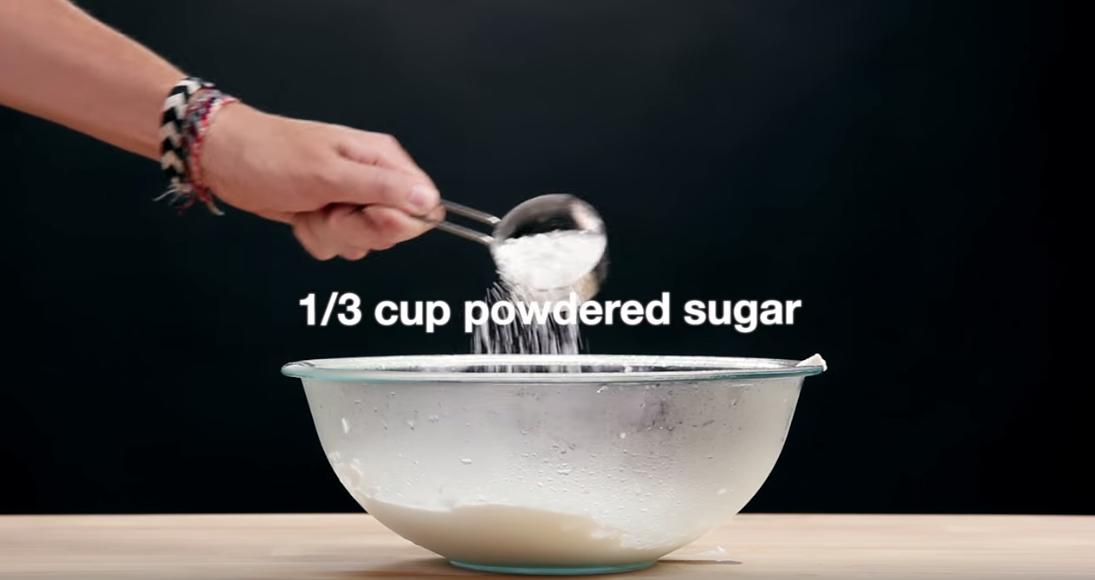 tarta de fresa 4 ingredientes5