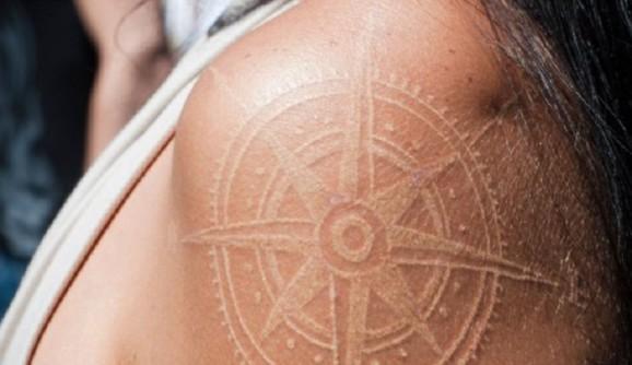 tatuajes_tinta_blanca_13