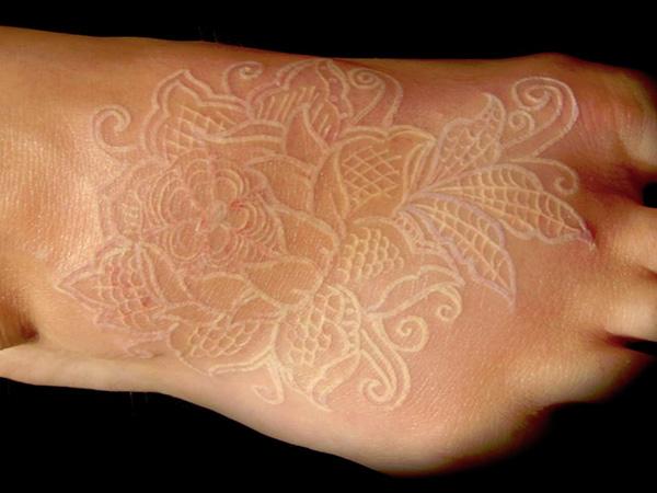 tatuajes_tinta_blanca_3