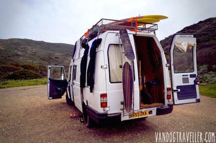 como convertir una vieja furgoneta en una caravana casa con ruedas 7
