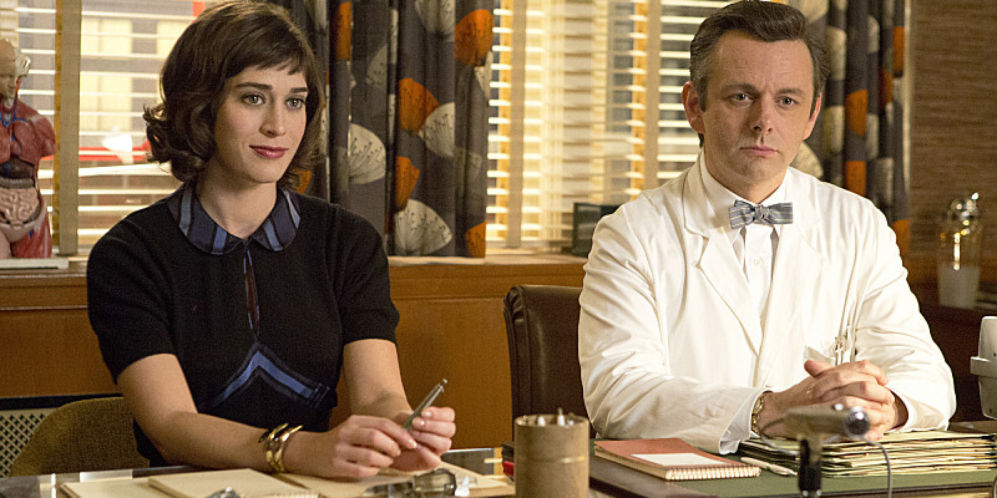 Lizzy Caplan as Virginia Johnson and Michael Sheen as Dr. William Masters in Masters of Sex (season 1, episode 4) - Photo: Michael Desmond/SHOWTIME - Photo ID: MastersofSex_104_1132