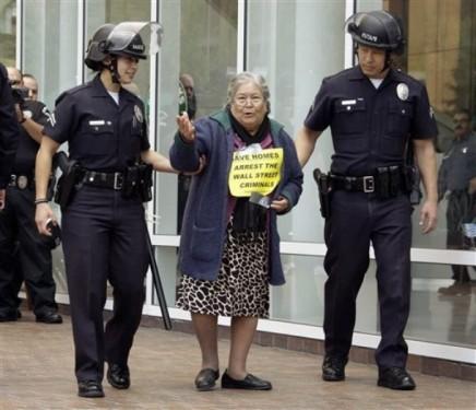 abuelas delincuentes 8