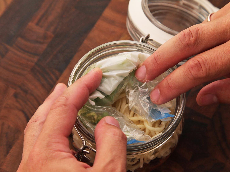 como hacer tus porpios botes de fideos japoneses y ramen instantaneo caseros 14