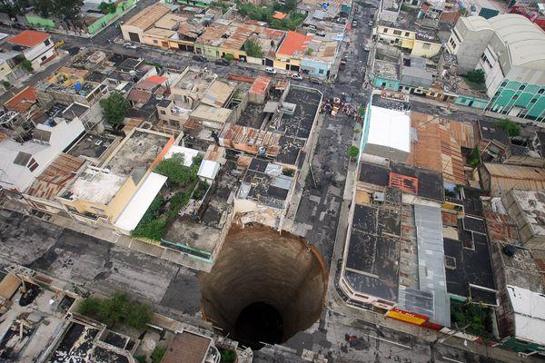 Esta dolina se produjo en la ciudad de Guatemala