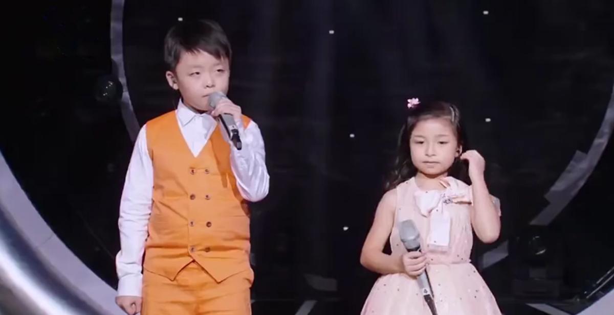 estos 2 niños asiaticos tienen una voz increible