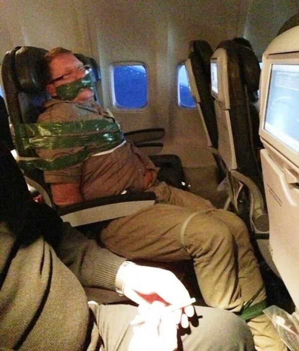 gente con la que no te quieres encontrar en un avion 12