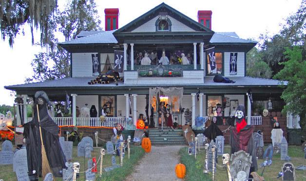 las mejores decoraciones de casas para halloween 1