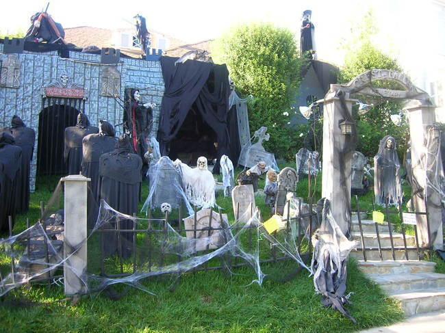las mejores decoraciones de casas para halloween 10