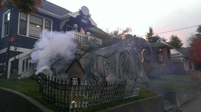 las mejores decoraciones de casas para halloween 19