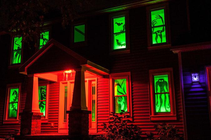 las mejores decoraciones de casas para halloween 8