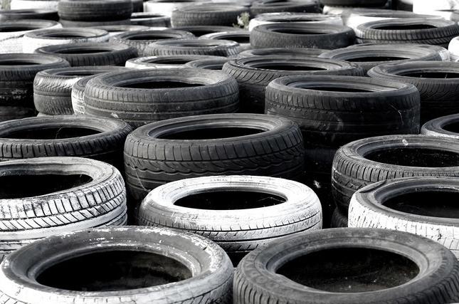 ruedas de coche viejas 3