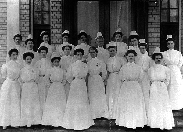 9 cosas que tenian que hacer do fora obligatoria las enfermeras en 1887 5