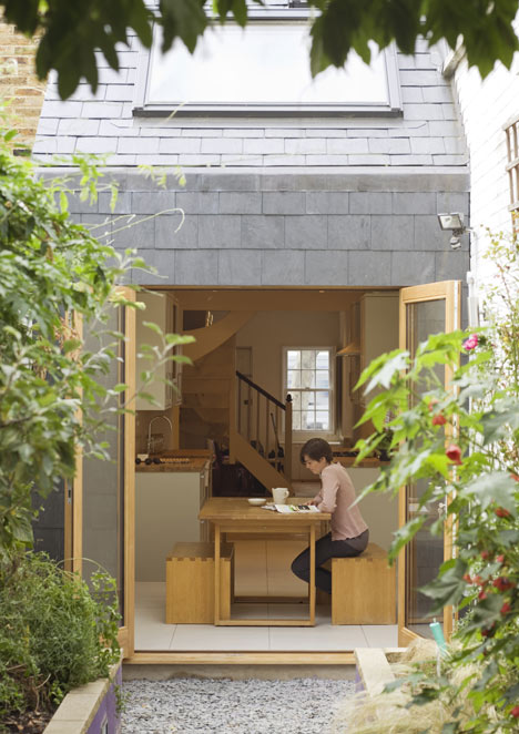 dezeen_Slim-House-by-Almanac_3a