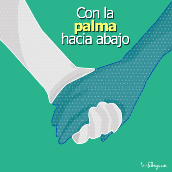 formas de agarrarse la mano entre parejas 11
