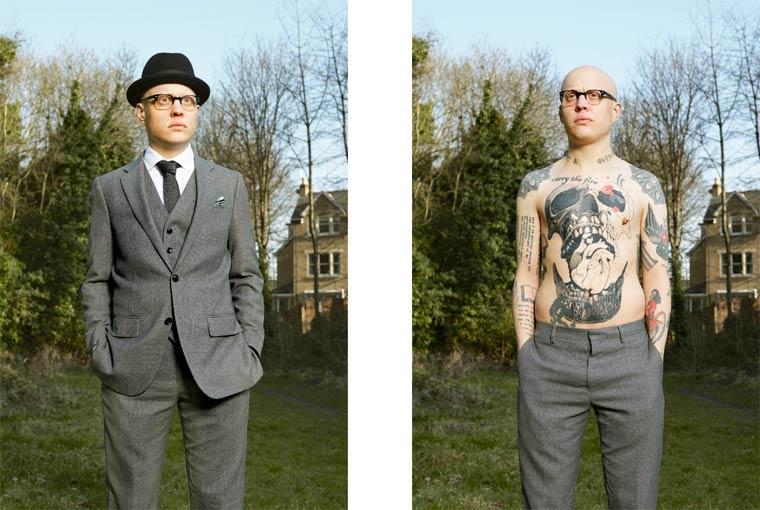 personas tatuadas que no te lo esperas al verlas vestidas 7