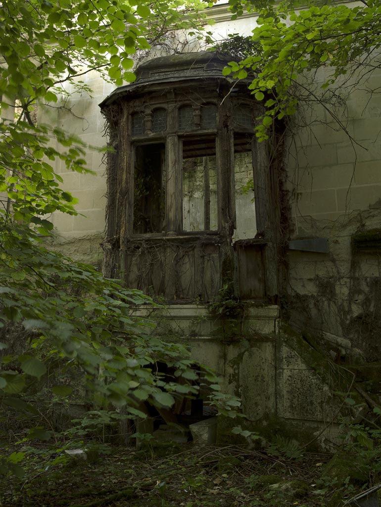 un castillo que parece sacado de una pelicula de disney 6