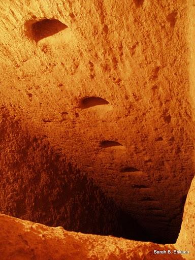 derinkuyu, la ciudad eexcavada en la piedra 11