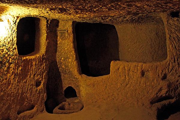 derinkuyu, la ciudad eexcavada en la piedra 5