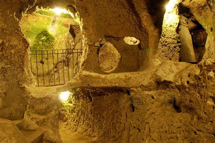 derinkuyu, la ciudad eexcavada en la piedra 9