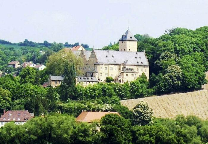 castle-main-1