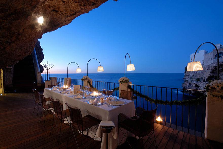 hotel restaurante en gruta italiana 3
