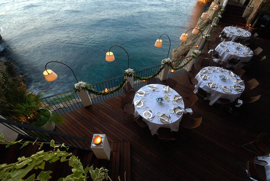 hotel restaurante en gruta italiana 8