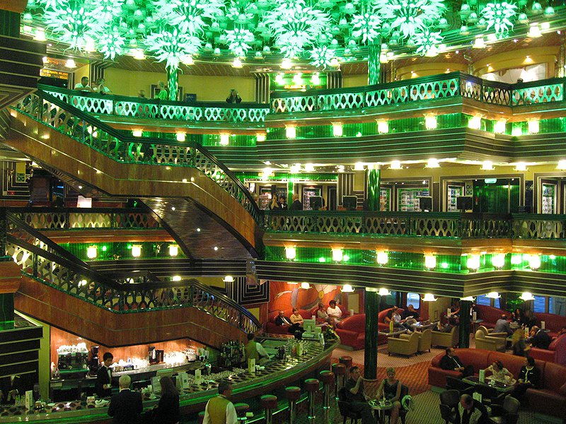 viajares-costa-concordia-interior-hall