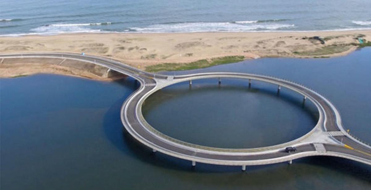 el puente con forma circular