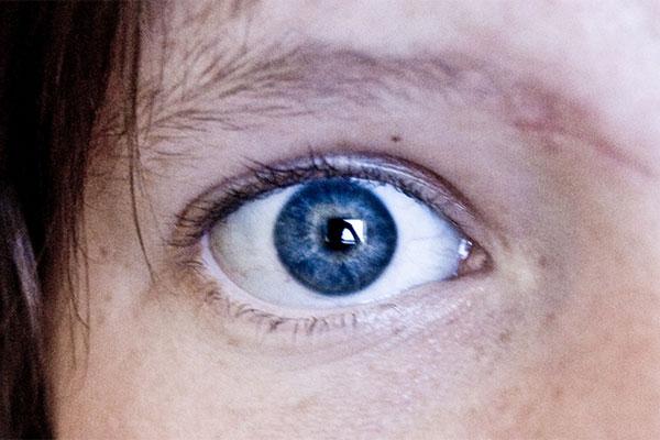 ojos azules 2