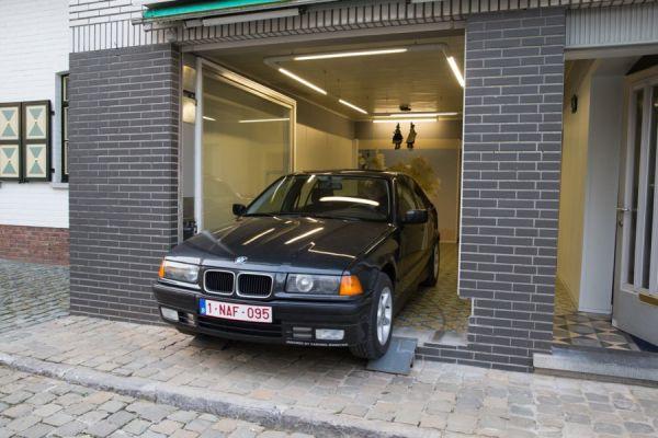 No le dejaban poner una puerta de garaje pero se las ingenió para burlar la ley 6