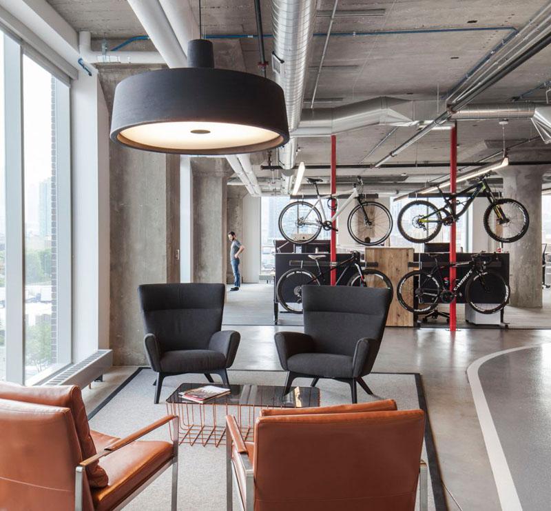 asi son las oficinas de sram, una empresa que fabrica componentes para bicicletas 3
