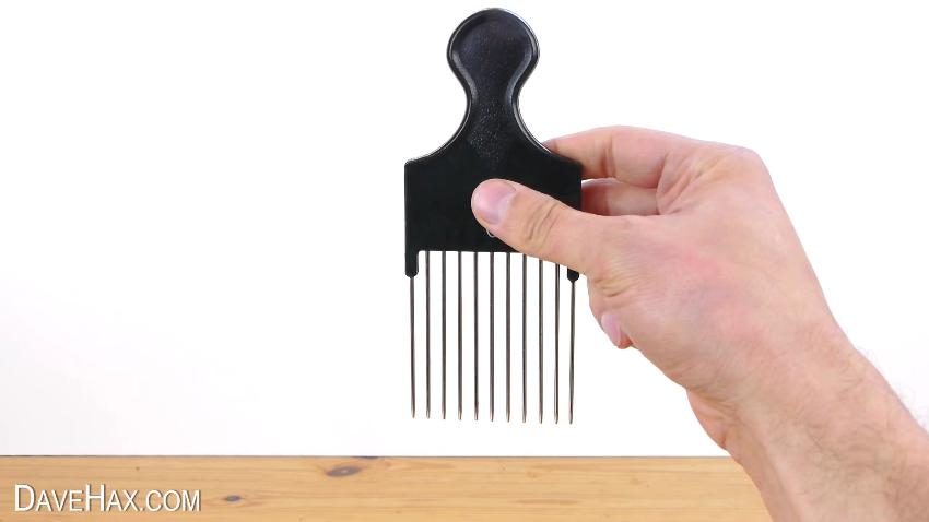 como un peine puede facilitarte a la hora de cortar cebolla o cualquier verdura o fruta 3