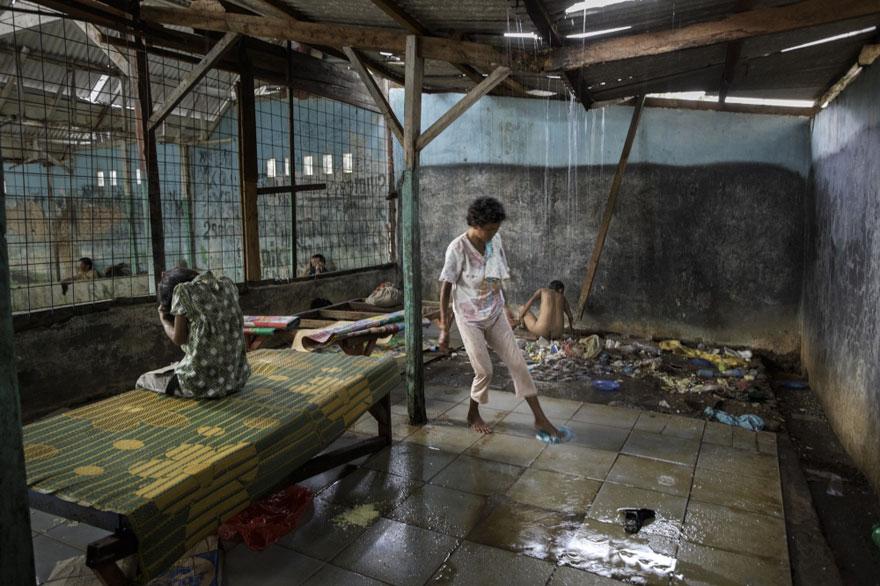 enfermos_mentales_indonesia_10
