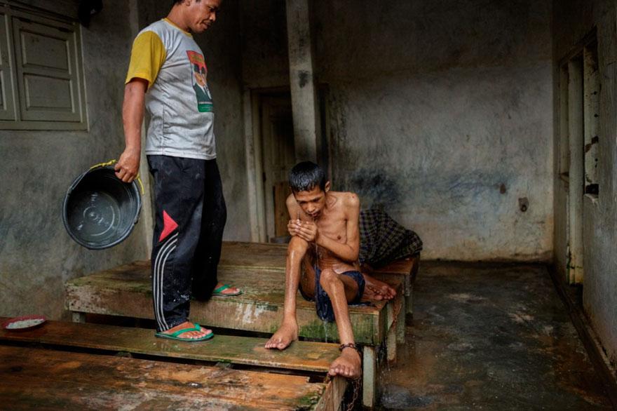 enfermos_mentales_indonesia_11