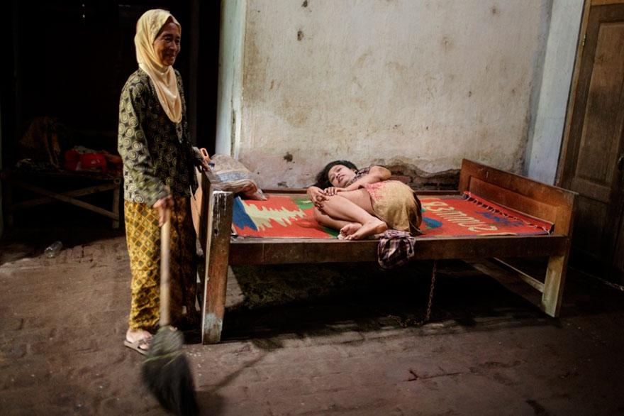 enfermos_mentales_indonesia_14