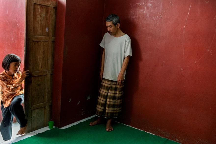 enfermos_mentales_indonesia_15