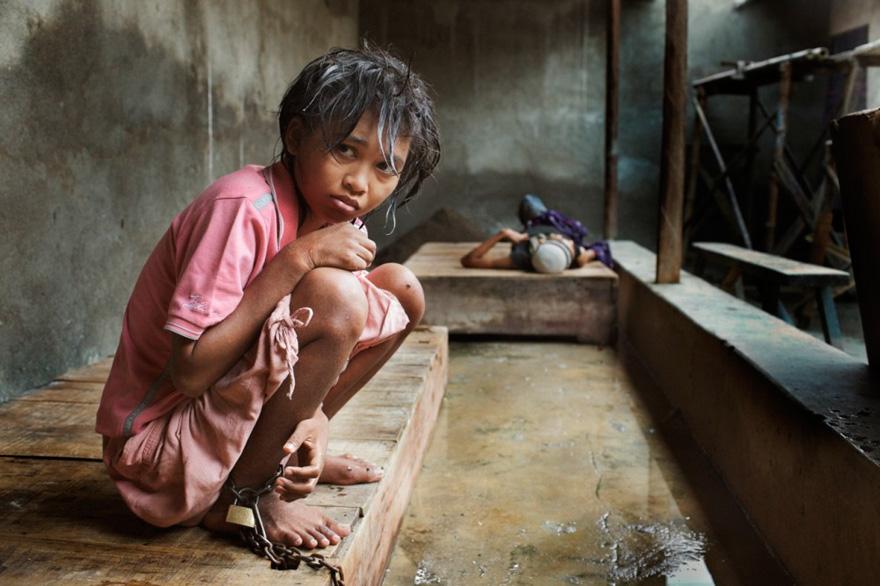 enfermos_mentales_indonesia_2