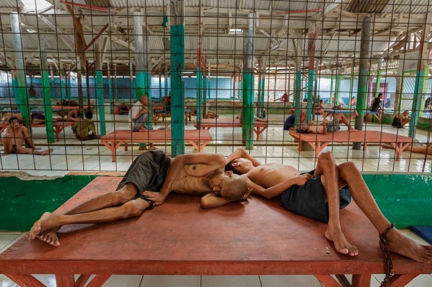 enfermos_mentales_indonesia_3